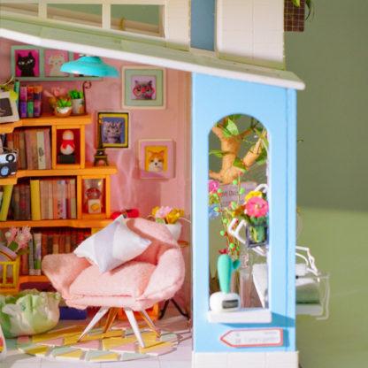 Dora's Loft DIY Miniature