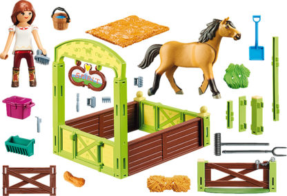 Lucky & Spirit with Horse Stall